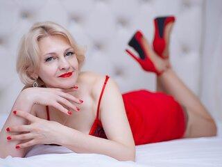 BettyAllen shows sex